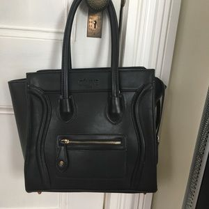 Large black purse tote luggage